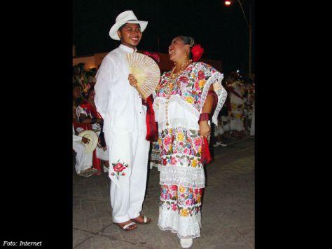 pareja regional yucateca