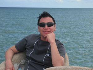 El escritor y periodista Armando Pacheco   Foto: Chambrit@s