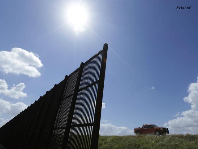 """La Iglesia mexicana llama """"traidores"""" a quienes trabajen en el muro de Trump"""