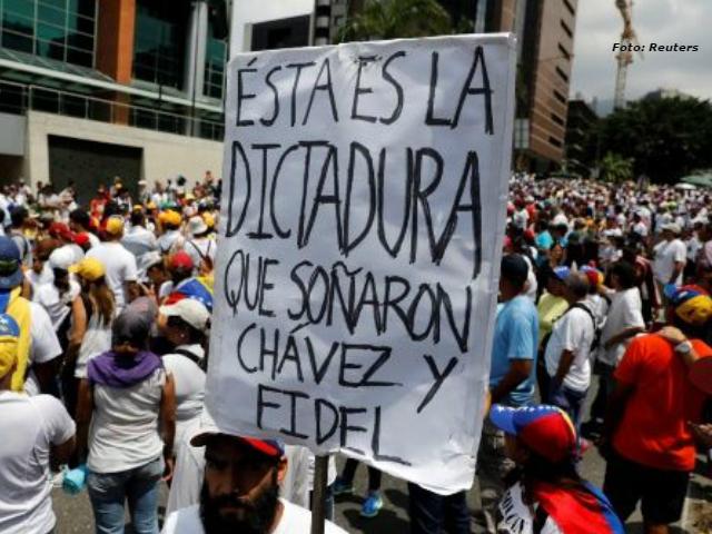 """La falacia de llamar """"dictadura"""" a lo que hay en Venezuela (entrevista a especialista internacional)"""