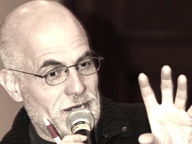 ¿Cómo defender a las industrias culturales en el siglo XXI? | Víctor Ugalde
