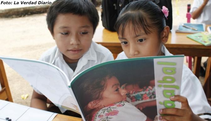 Alumnos mayahablantes tendrán libros gratuitos en su lengua materna