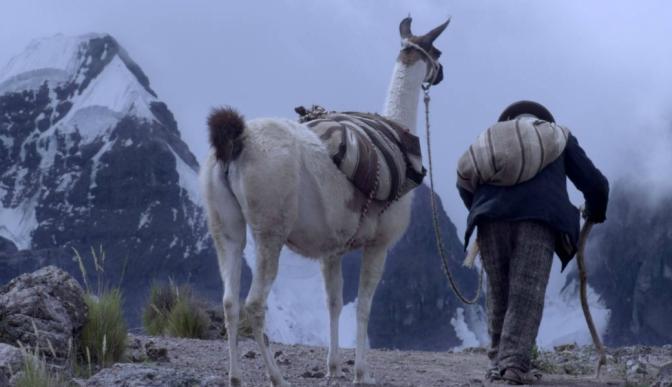 Perú estrena su primera película en lengua aymara