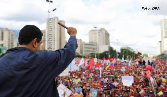 "Cuba denuncia ""operación internacional"" contra Maduro"