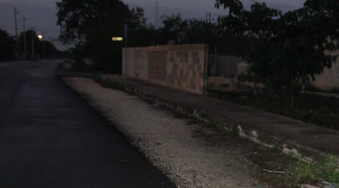 Una más de Vila Dosal: Deja inconclusas obras de pavimentación en el Roble Agrícola