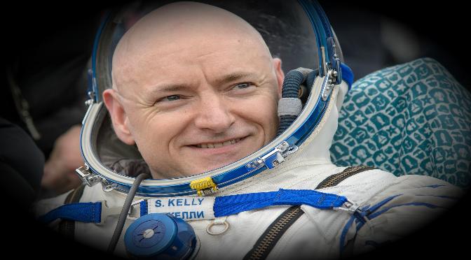 Astronauta Scott Kelly critica propuesta de Trump de viajes a la Luna