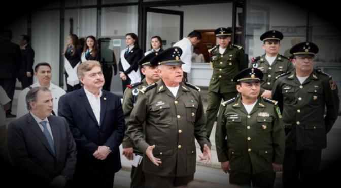 Meade se compromete a subir salarios de las Fuerzas Armadas si gana