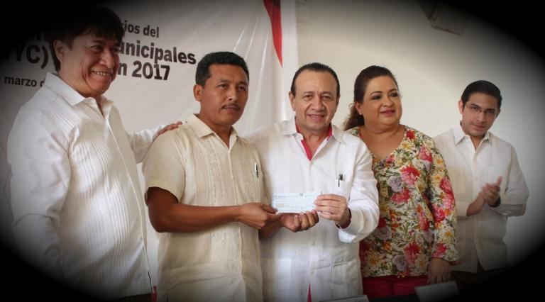 Entregan en Yucatán apoyos del Pacmyc