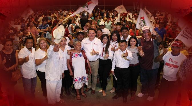 """Campesinos ya no se verán forzados a vender sus tierras con """"Huacho"""" Díaz"""