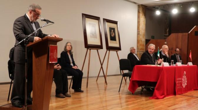 El poeta Jorge Ruiz Dueñas ingresó a la Academia Mexicana de la Lengua