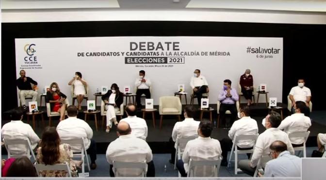 Vapulean a Renán Barrera en debate; lo cuestionan sobre servicios públicos municipales
